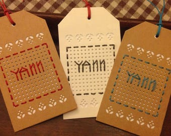 Embroidered name Yann gift tags. Set of 3.