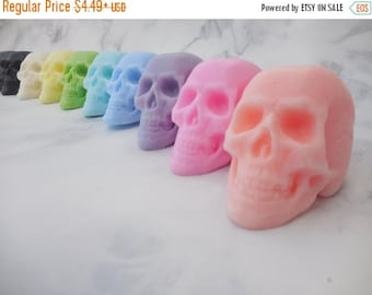 On Sale Skull Soap - Day of the Dead Soap - Dia De Los Muertos - Halloween Soap - Non Edible Halloween Favors - Halloween Party Favors - Sca