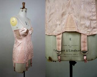 1940s Corselette / Vintage Girdle / 40s Shapewear / Pink Satin Lingerie / Vintage Corset / Hollywood Glamour / Medium / S M L