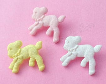 Buttons, baby buttons, lamb buttons, kids buttons, childrens buttons, 20mm buttons, plastic buttons, animal shape buttons, cardigan buttons