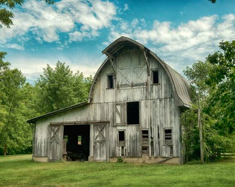 Original Artist Print of a Worn-Out Gray Barn in Central Illinois
