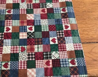 Primitive Country Blocks and Hearts table runner