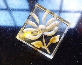 Vintage, 1930s, reverse carved, lucite, flower brooch.