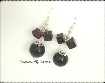 Earring with a lovely small square beads dark plum color bead