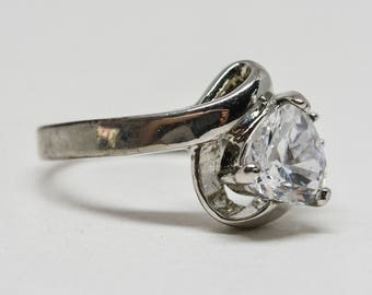 Lovely silver tone and crystal ring