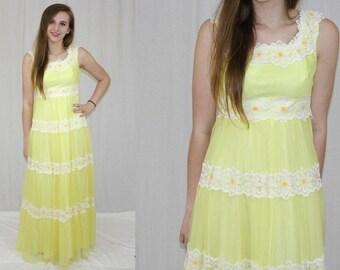 Vintage 70s Yellow DAISY Lace Yellow Chiffon Retro MAXI Wedding Party Dress XS