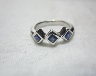 blue sapphire ring, sapphire ring, WOW