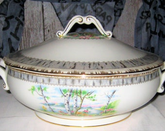 Royal Albert - Silver Birch - Covered Vegetable Bowl