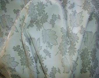 NO. 186-FABRIC COTTON PRINT GREY WHITE FLOWERS