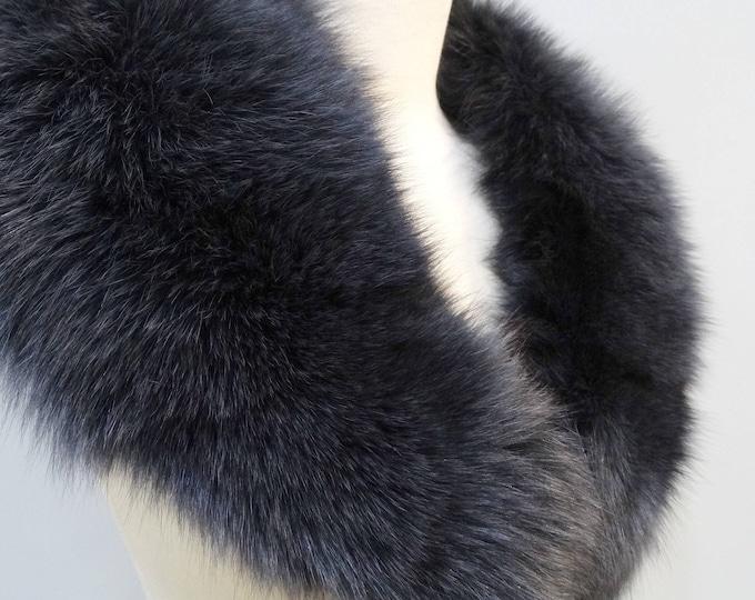 Large black fox fur collar with gray shadows F697