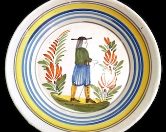 Vintage Quimper Pottery Plate, French Farmhouse decor, French Chic, Collectible Hand-Painted Quimper Plate, Petit Breton