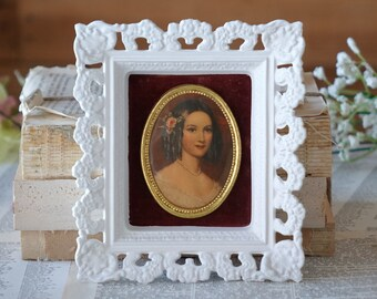 Vintage victorian print White frame with lady print Antoinette