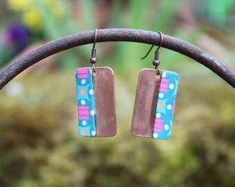 Boucles d'oreilles artisanales cuivre - tissu Petit Pan Bleu turquoise rose orange