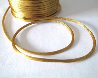 5 m nylon thread Gold 2mm rat tail
