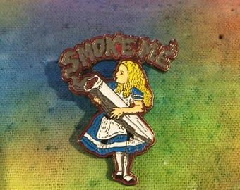 "Alice in Wonderland ""Smoke Me"" Hat Pin"