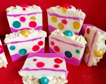 Bun-Ball Gum Cold Process Soap/ Handmade Soap/ Cold Process Soap/Bubble Gum