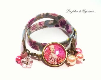 Bracelet liberty with the reine• •gouter Cabochon