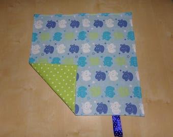 Large towel taste 31 cm 31 cm Blue hippopotamus model