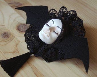 Vampire aristocrat brooch - Vampire chronicles collection
