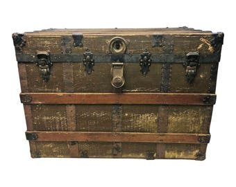 Beau Vintage STEAMER TRUNK Storage Chest Train Luggage Antique Flat Top Wood Toy  Box Coffee Table Base