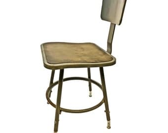 Vintage INDUSTRIAL STOOL steel metal chair seat steampunk factory machine age loft gray masonite seating bar retro adjustable drafting 17350