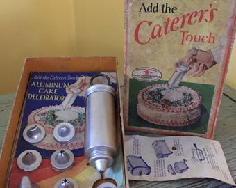 SHIPS FREE!! Caterer's Touch Vintage Aluminum Cake Decorating Set with Box