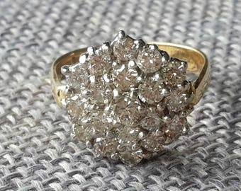This is a stunning quality vintage 18ct yellow gold 1.5ct diamond cluster ring Birmingham 1995