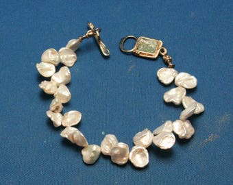 Vintage Cornflake Keshi Pearl 925 Sterling Silver Designer Toggle Bracelet With An Abalone (?) Clasp