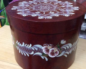 Paper mache Hatbox decorated with Pansies and Lace