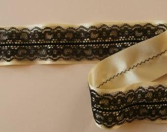 Satin ribbon and lace. Yellow straw pattern