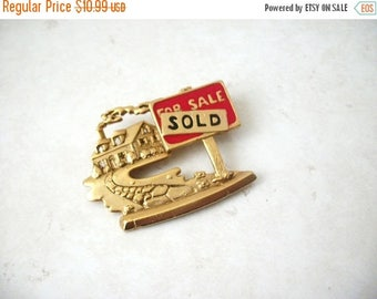 ON SALE Vintage ALC Metal Enameled Realtor Pin 61717