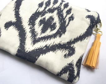 Multi-purpose Jacquard clutch Navy Blue and white