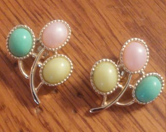 Gold Tone Tri Color Clip on Earrings