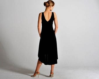 CARLA flow dress in black with V back - sizes XS/S/M