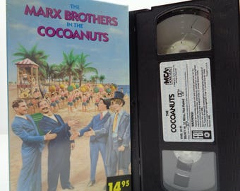 The marx Brothers in cocoanuts VHS Tape