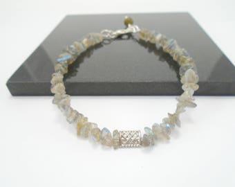 Dainty Labradorite Bracelet, Beaded Labradorite Bracelet, Raw Gemstone Bracelet, Labradorite Stacking Bracelet, Chakra Bracelet