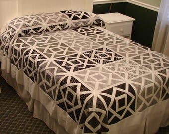 Oversize full/queen Washington Sidewalks quilt top