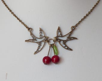 collier tattoo hirondelles et cerises pinup rockabilly tatouage swallows and cherries necklace sur mesure psychobilly