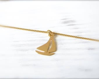 Sailing boat | Necklace | Gold