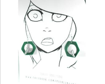 Green and grey earrings 3D