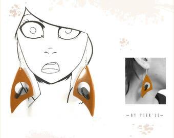 Tan and black earrings