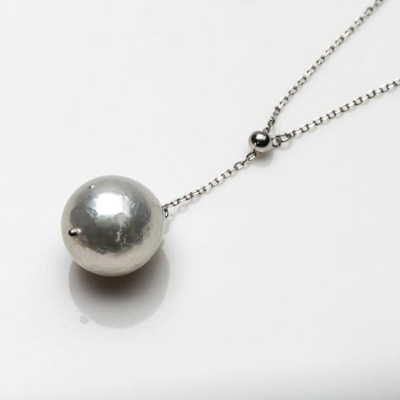 Lovely new  genuine 15 mm South Sea white pearl pendant sterling silver necklace