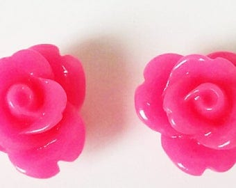 2 small flowers - neon pink resin cabochons
