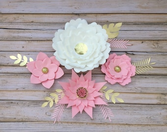 Set of 4 Pink and gold paper flowers