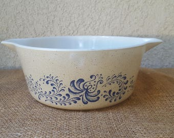 Pyrex Homestead 475b Casserole Dish *no lid*