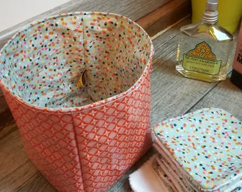 "12 pretty wipes/cotton washable and their basket ""vitamins and confetti"""