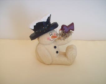 Crazy Mountain Snowman Holding Bird and Nest Resin Figurine 1997 Vintage