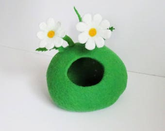 Felted cave for Ferret, Rat, hedgehog house, Guinea pig, other Small Animal, Pets bed, teepee + cushion, Modern pet furniture, igloo, cocoon