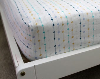 Fitted Crib/Toddler Sheets All Over Dots Gender Neutral Pattern