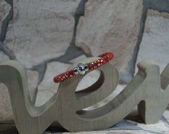 "Bracelet ""Red luster with magnetic closure"""
